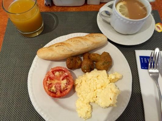 Petit déjeuner à l'hôtel