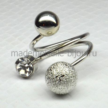 Кольцо с серебряными шариками и кристаллом Silver Trio