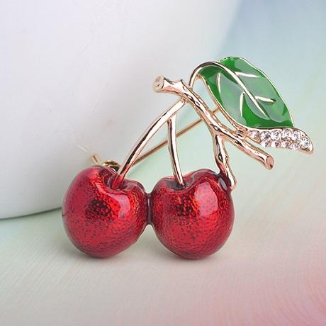Брошь вишенка Cherry