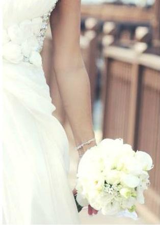 Hochzeit Malaysia Brautstrauss Weiss