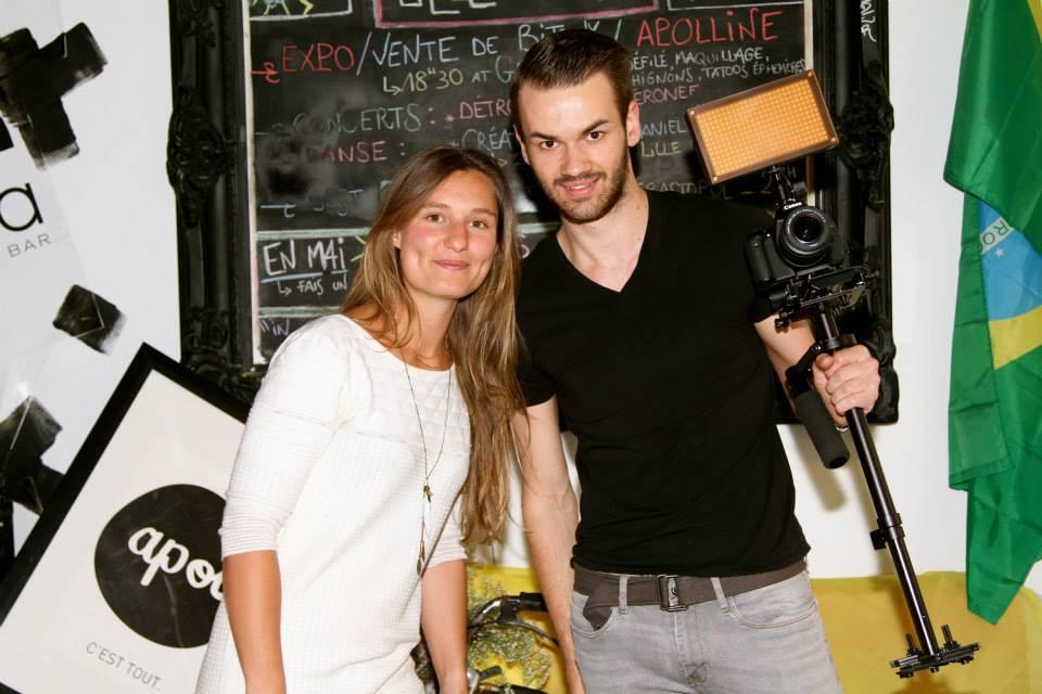 La créatrice et son cameraman du jour