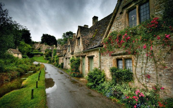 Bibury: Arlington Row