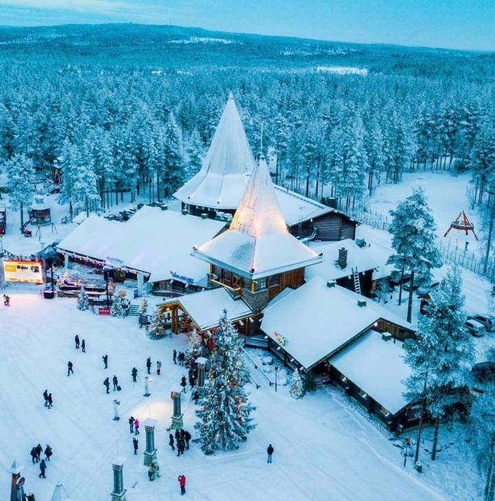 Il Percorso Di Babbo Natale.In Viaggio A Rovaniemi A Casa Di Babbo Natale