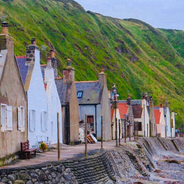 Crovie, i cottage sul mare