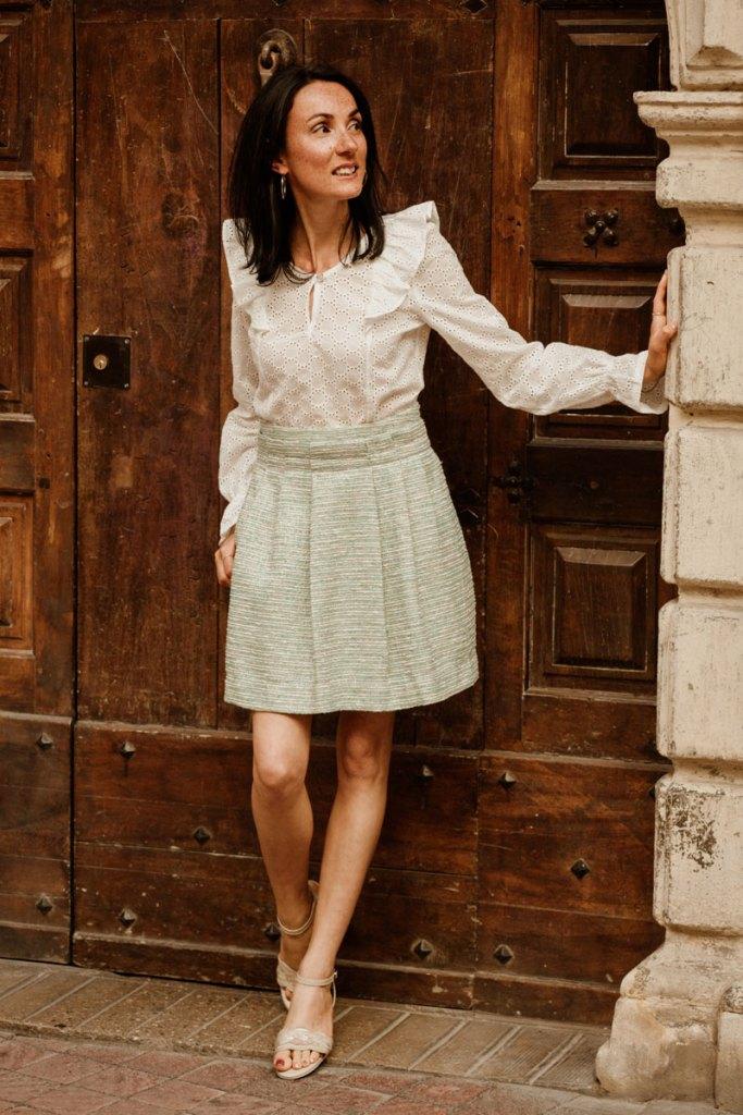 Blouse blanche en coton et jupe made in France Danielle Engel, marque de mode éthique à Montpellier, présentés par Mademoiselle Coccinelle, blogueuse mode responsable
