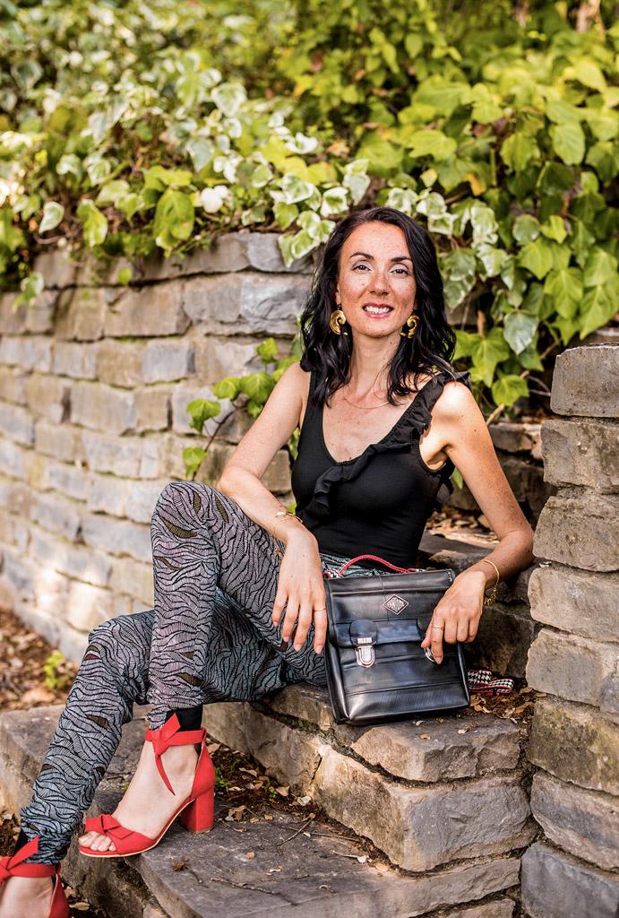 Vêtements, chaussures et sac vegan de la boutique de mode éthique et éco-responsable Les 3 L à Montpellier, présentés par la blogueuse Mademoiselle Coccinelle