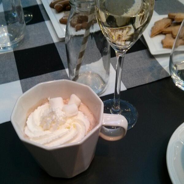 champagne et chocolat chaud