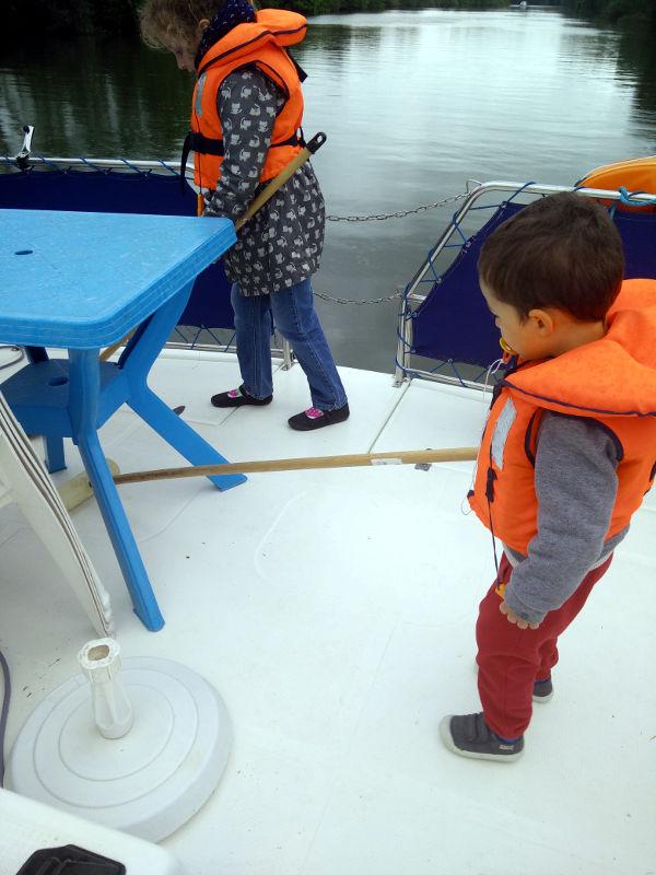 nettoyer le pont bateau