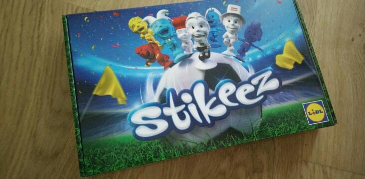 Les Stikeez reviennent en mode complètement foot!