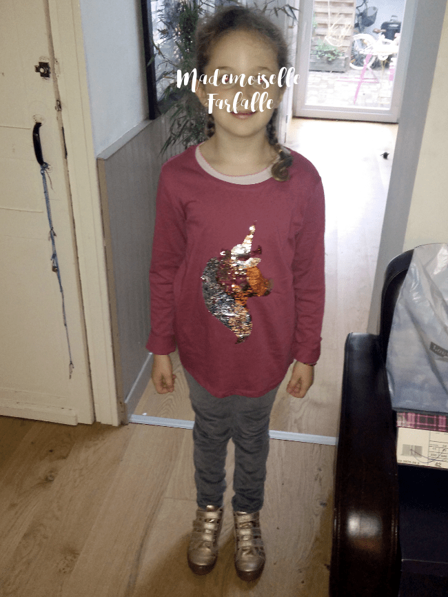 t-shirt à paillettes Kiabi
