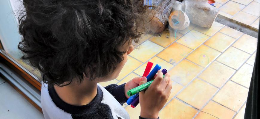 On dessine sur les vitres avec Color'Peps de Maped