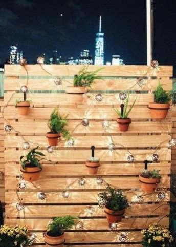 DIY mur végétal en palettes de bois led