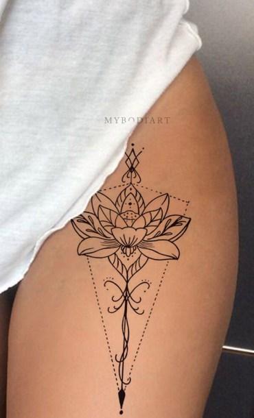 Idées tatouage cuisse femme mandala géométrique