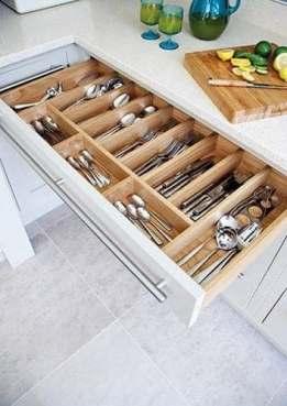 Rangement tiroirs petite cuisine