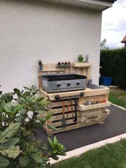 barbecue en palettes de bois