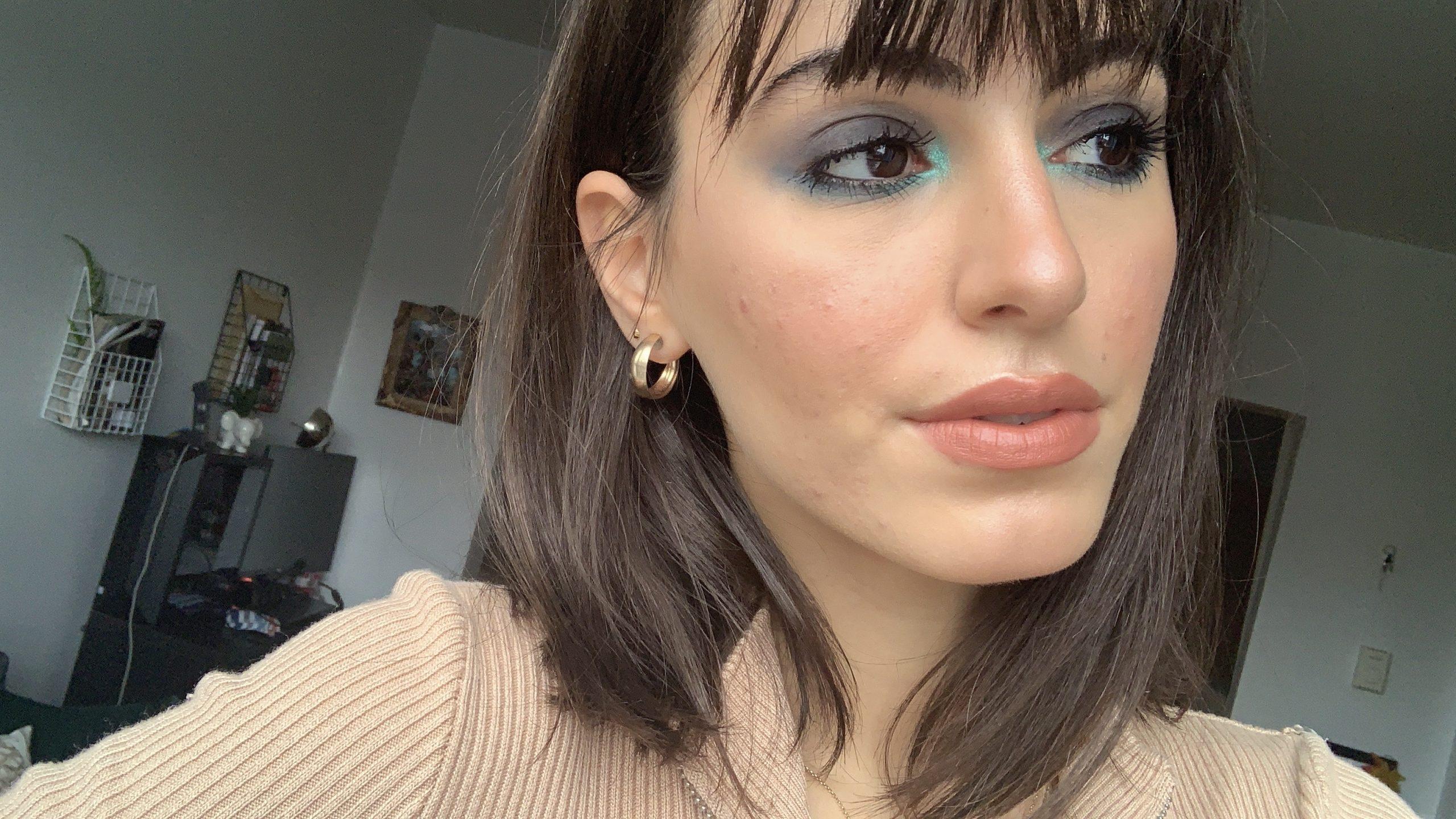 blue smokey eye makeup look 2.jpg
