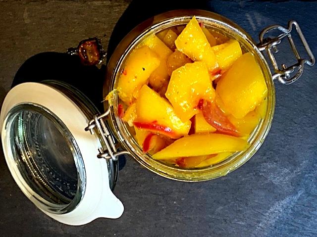 Hjemmelavet mangochutney dejlig hot og frisk