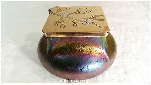KRALIK IRIDESCENT GLASS INKWELL PAPILLON STYLE DECOR