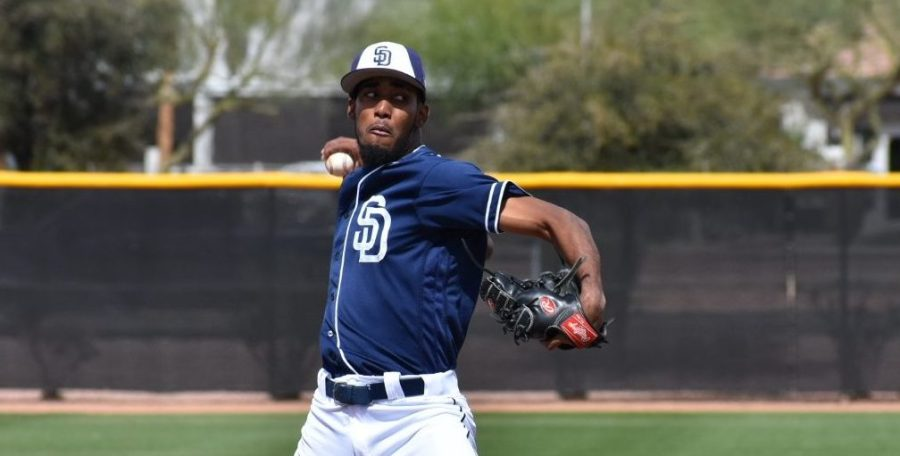 Padres pitching prospect Frank Lopez