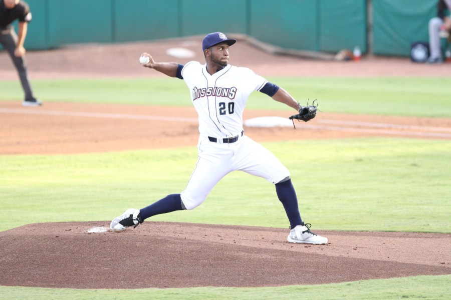 Padres prospect Miguel Diaz pitches for the San Antonio Missions
