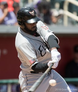 Padres prospect Franmil Reyes bats for El Paso Chihuahuas