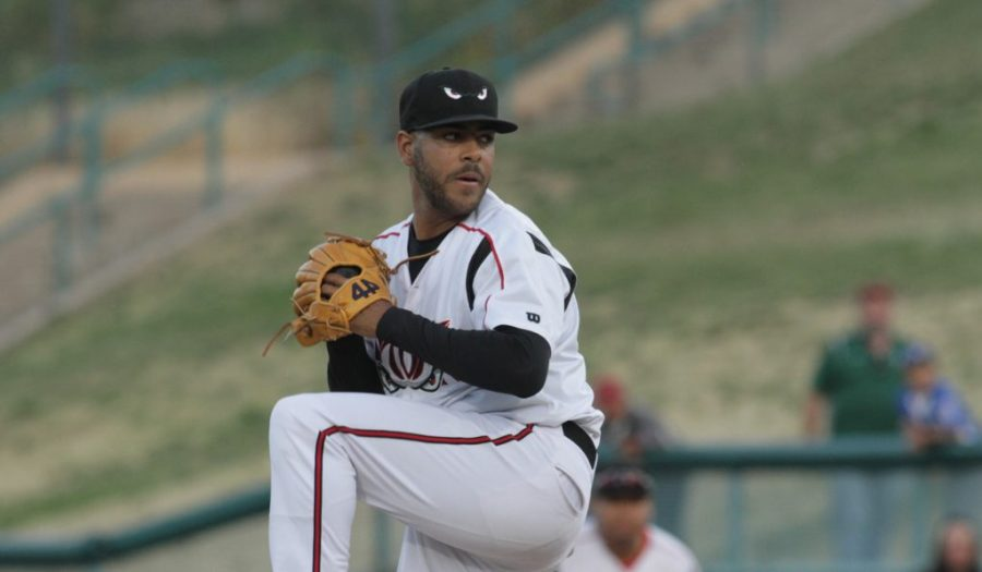 Padres prospect Pedro Avila pitches for Lake Elsinore Storm