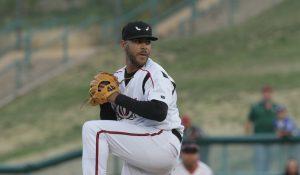 Padres prospect Pedro Avila pitches for Lake Elsinore Storm