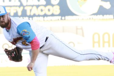 Padres prospect Logan Allen pitches for Flying Chanclas de San Antonio