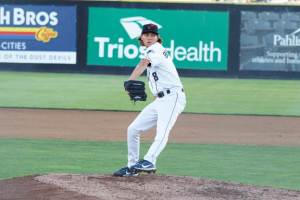 San Diego Padres prospect Cole Bellinger pitching for Tri-City Dust Devils