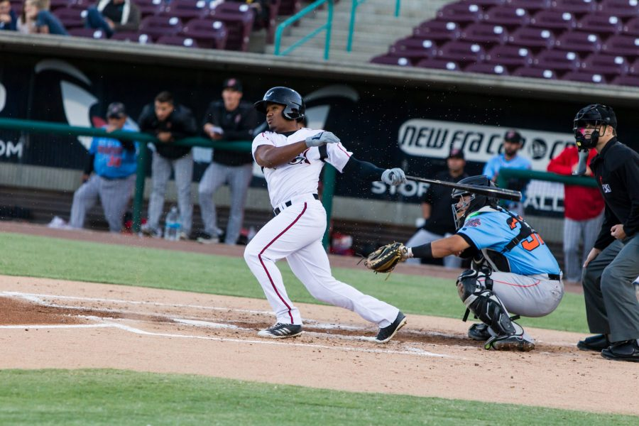 Padres prospect Eguy Rosario hits for Lake Elsinore Storm