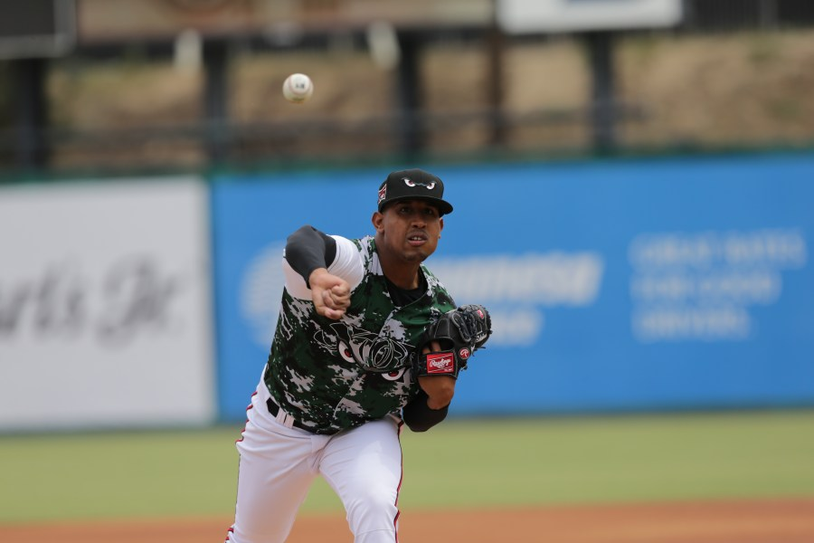 Padres prospect Ronald Bolanos pitches for Lake Elsinore Storm