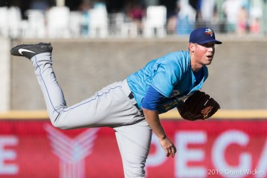 Padres prospect Kyle Lloyd pitches for Amarillo Sod Poodles