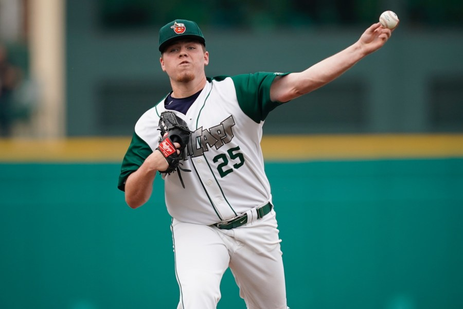 San Diego Padres prospect Ryan Weathers pitching for Fort Wayne TinCaps