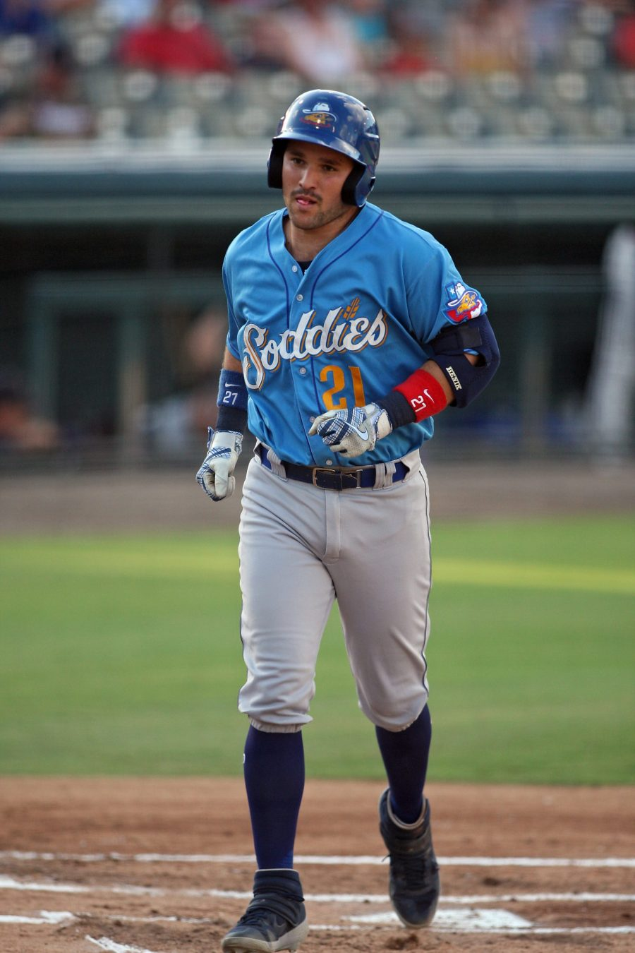 Padres prospect Luis Torrens bats for Amarillo Sod Poodles