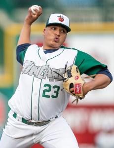 Efrain Contreras Padres prospect pitching for Fort Wayne TinCaps