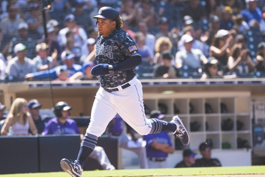 Padres outfielder Josh Naylor