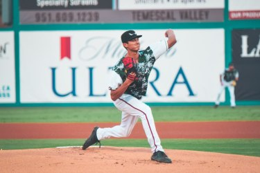 Padres prospect Bodi Rascon pitches for Lake Elsinore Storm