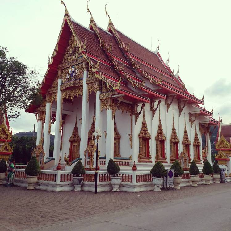 Wat Chalong temple Phuket.jpg