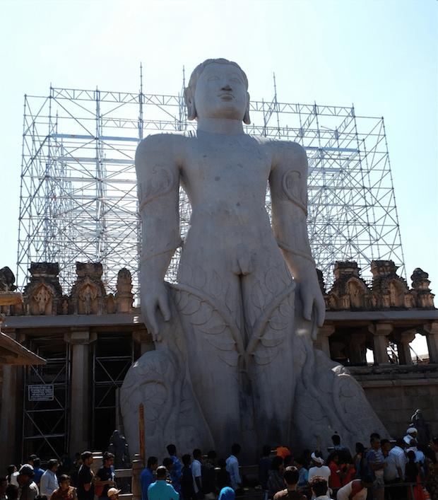 Bahubali statue, Shravanbelgola.png
