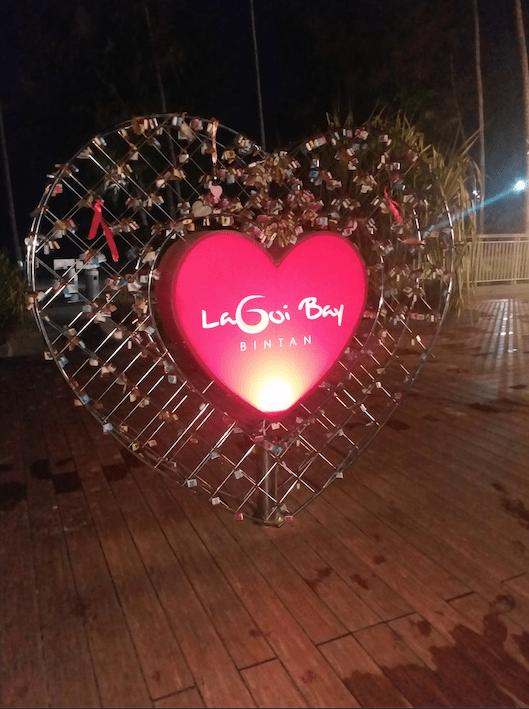 Lagoi plaza entrance.png