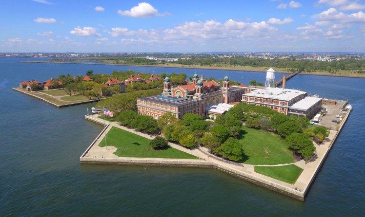 Ellis-Island.jpg