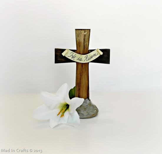 He is Risen! Easter Cross Centerpiece