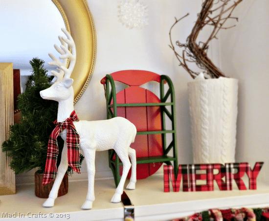 reindeer-on-mantel_thumb1