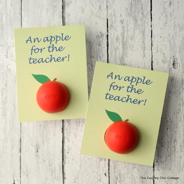 eos-lip-balm-teacher-gift-idea-with-free-printable-001