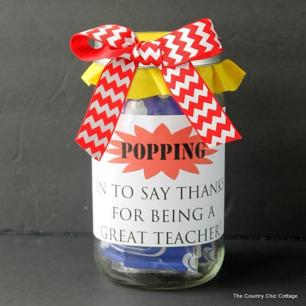 popcorn-teacher-gift-in-a-jar-004