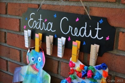CHALKBOARD AND CLOTHESPIN TEACHER GIFT