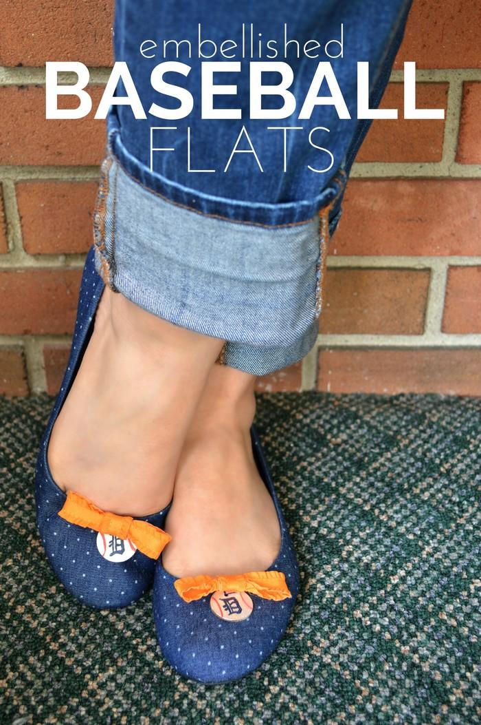 Feet wearing Detroit Tigers baseball shoes