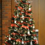 Country Church Tree With Dollar Store Decorations Christmas Decorations Mad In Crafts