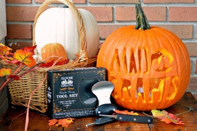 IS THIS THE BEST PUMPKIN CARVING KIT EVER?