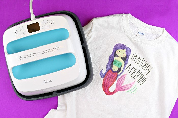 MERMAID T-SHIRT WITH THE CRICUT EASYPRESS